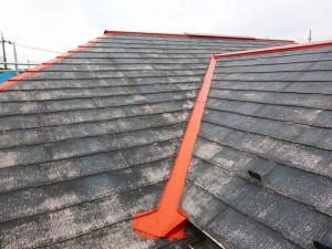 屋根塗装前・錆止め塗布