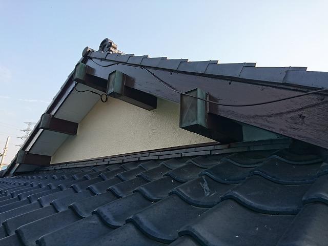 破風板下処理後、塗装保護」