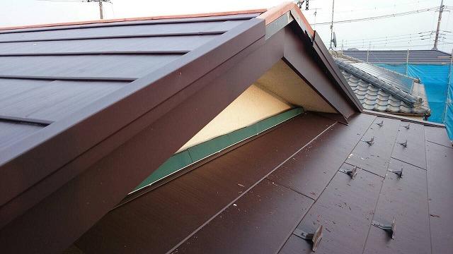 破風板板金巻き工事完了