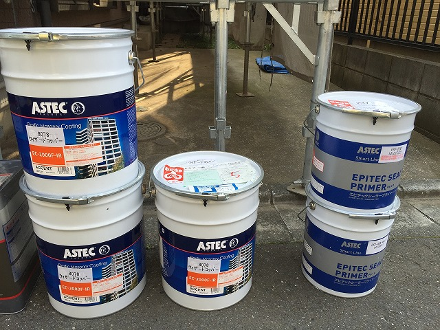 メーカー規定の、塗り回数・塗布量・乾燥時間を守り15年耐久を実現させます。