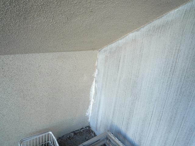 階段継ぎ目のシーリング防水劣化