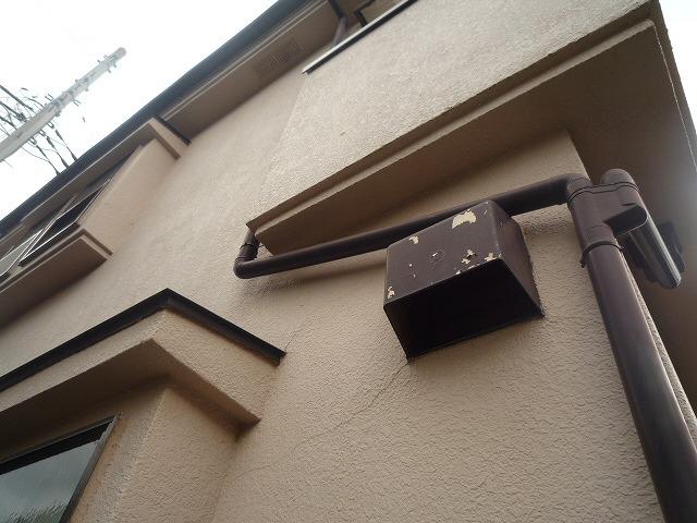 外壁ヒビ 鉄部塗膜剥離