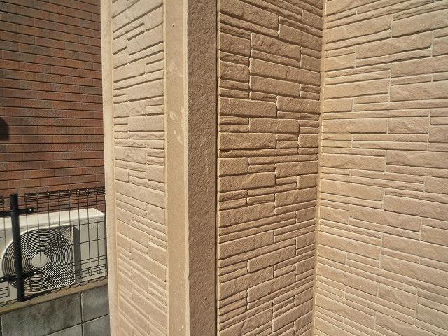 外壁塗膜剝れ