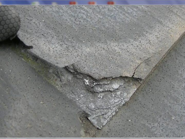屋根層間剥離発生