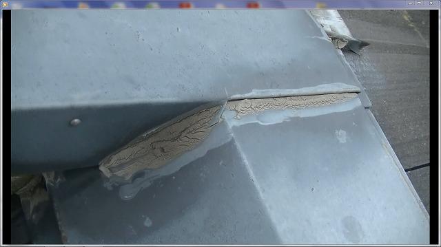 屋根コーキング劣化破損