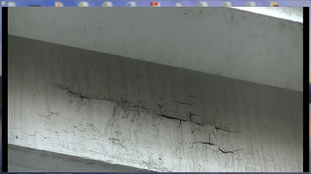幕板の塗膜剥離