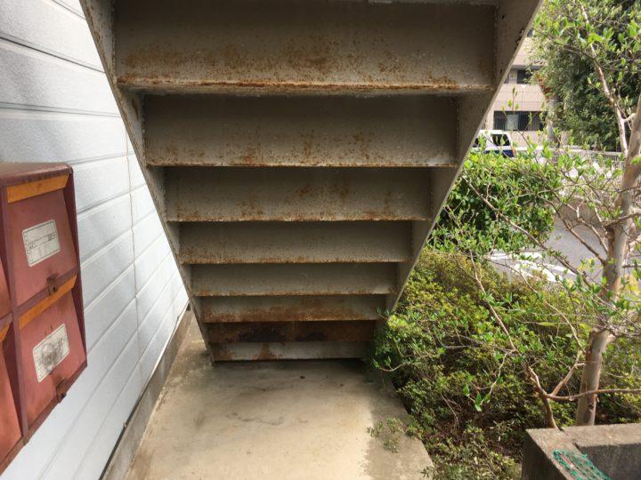 鉄骨階段 錆び