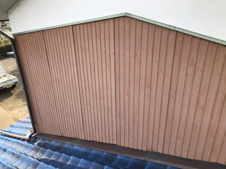 下見 金属外壁