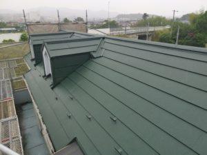 屋根リフォーム・ガルバニウム重ね張りカバー工事 毛呂山町