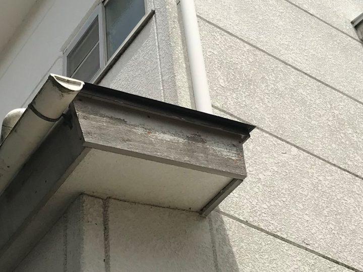 木製破風板 塗膜剥離