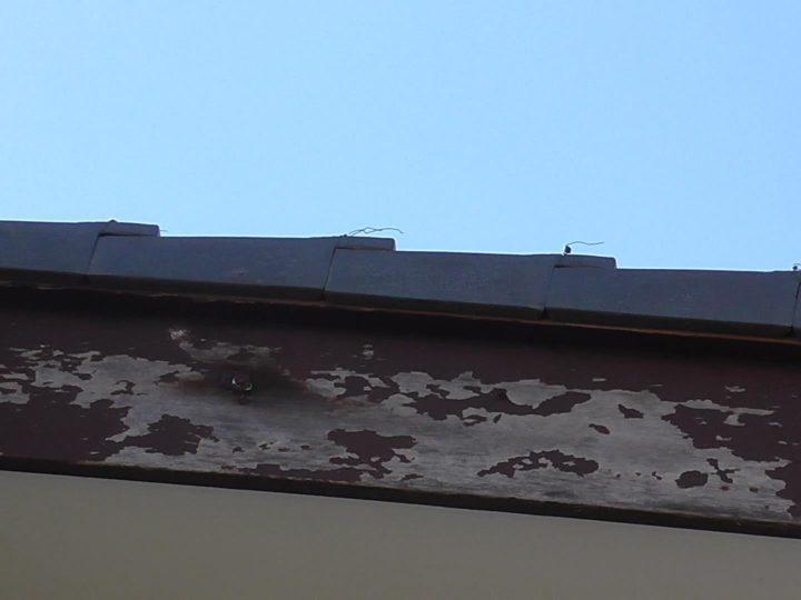 破風板(木製)剥がれ